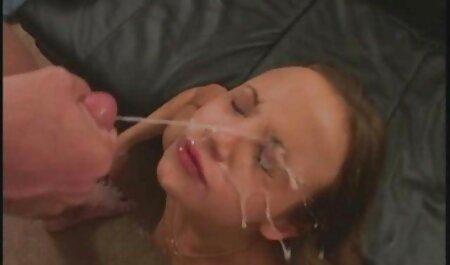 家の階段の上のケリー エロ 動画 イケメン セックス