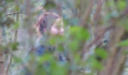リリー-マークス イケメン と 美女 エロ 動画
